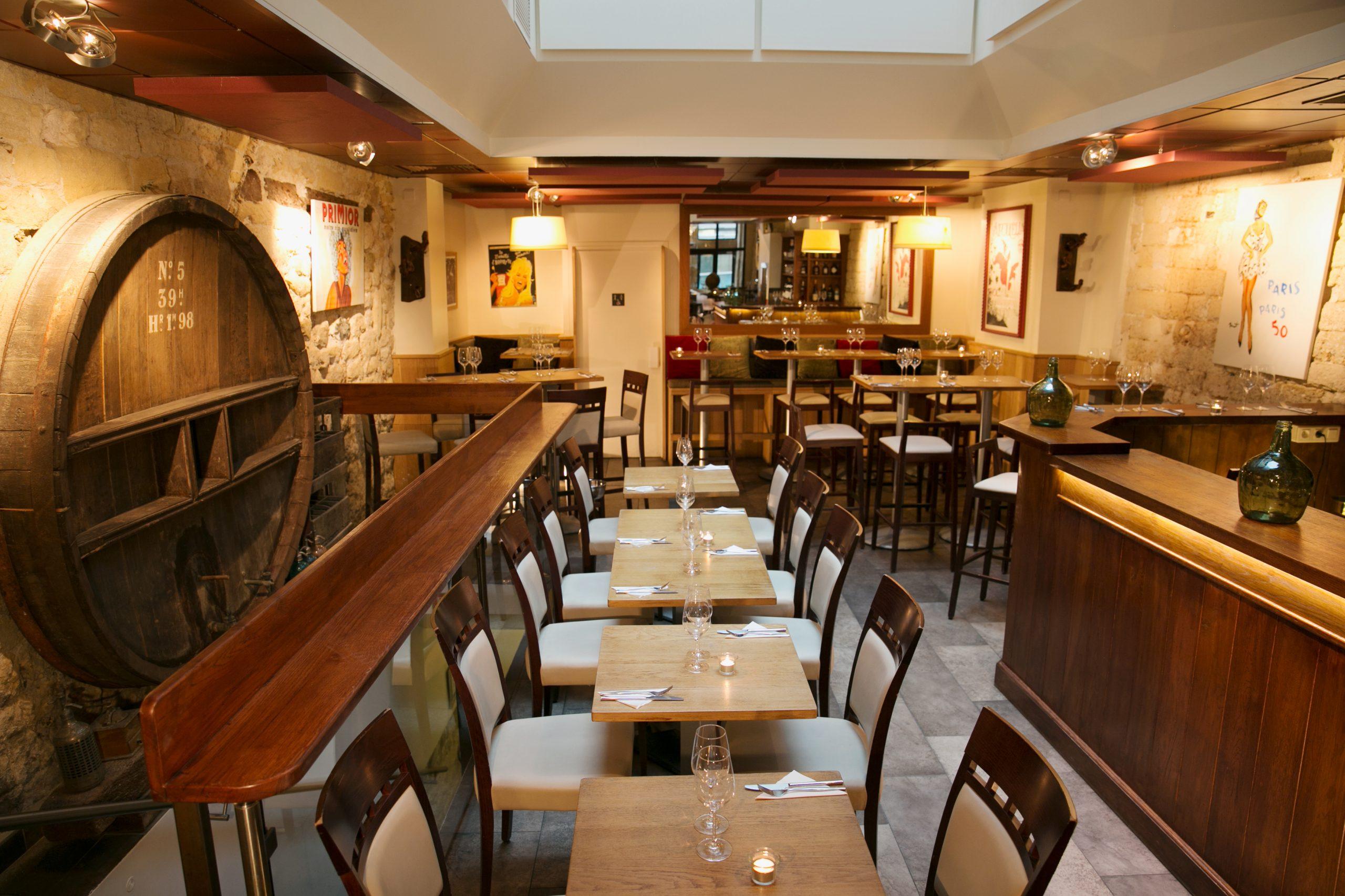 Salle Restaurant de l'Art Source